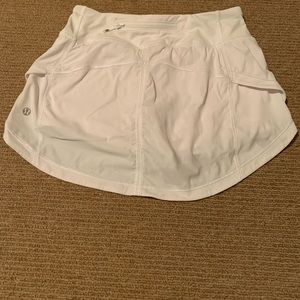 lululemon athletica Skirts - Lululemon Pace Skirt